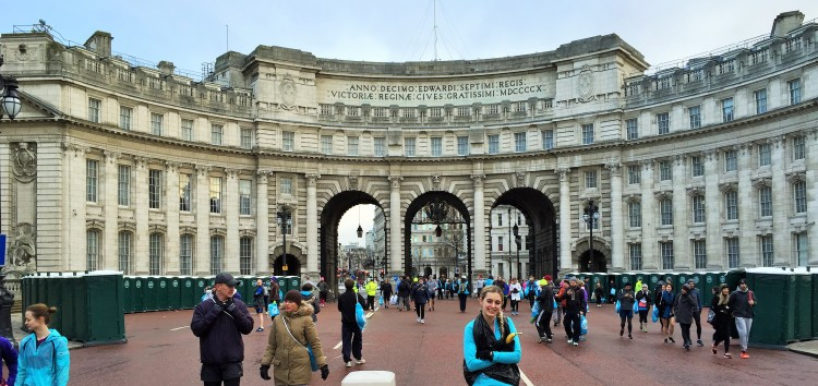 Enough toilets for the Queen and all her subjects (and Pippa and her banana)