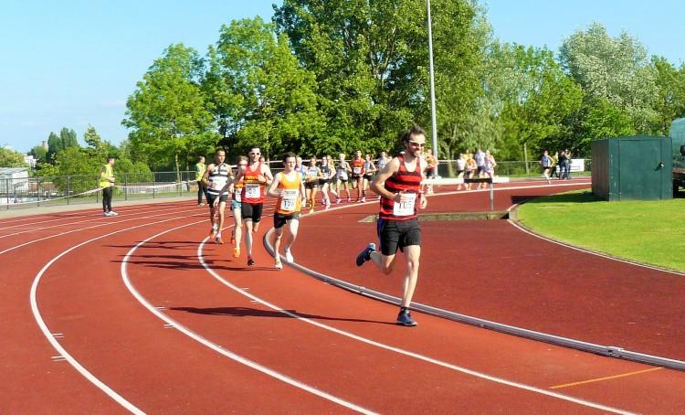 My customary early-race lead!